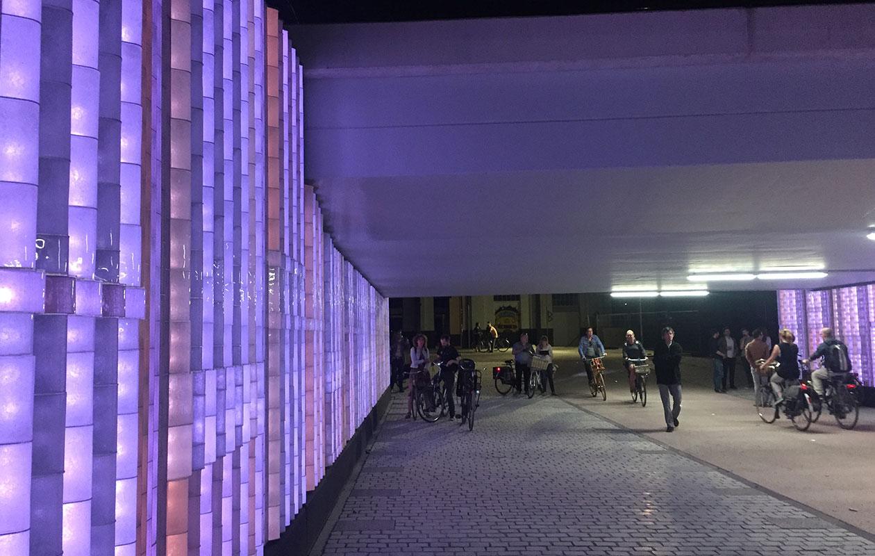 Lichtshow Willem ii passage Tilburg Spoorzone