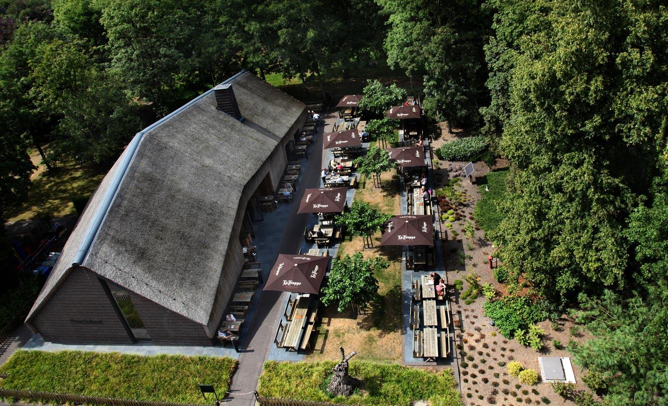 013 Straatjes - Trappistenklooster - La Trappe Proeflokaal - bovenaanzicht