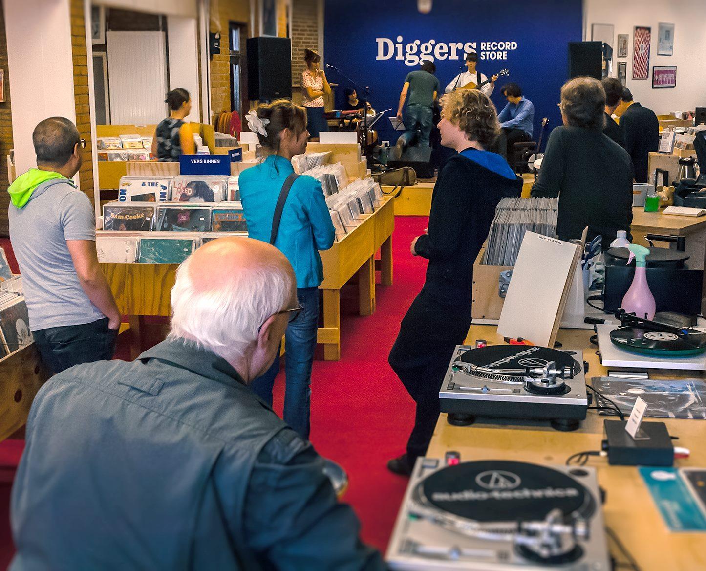 diggers-recordstore-013-straatjes
