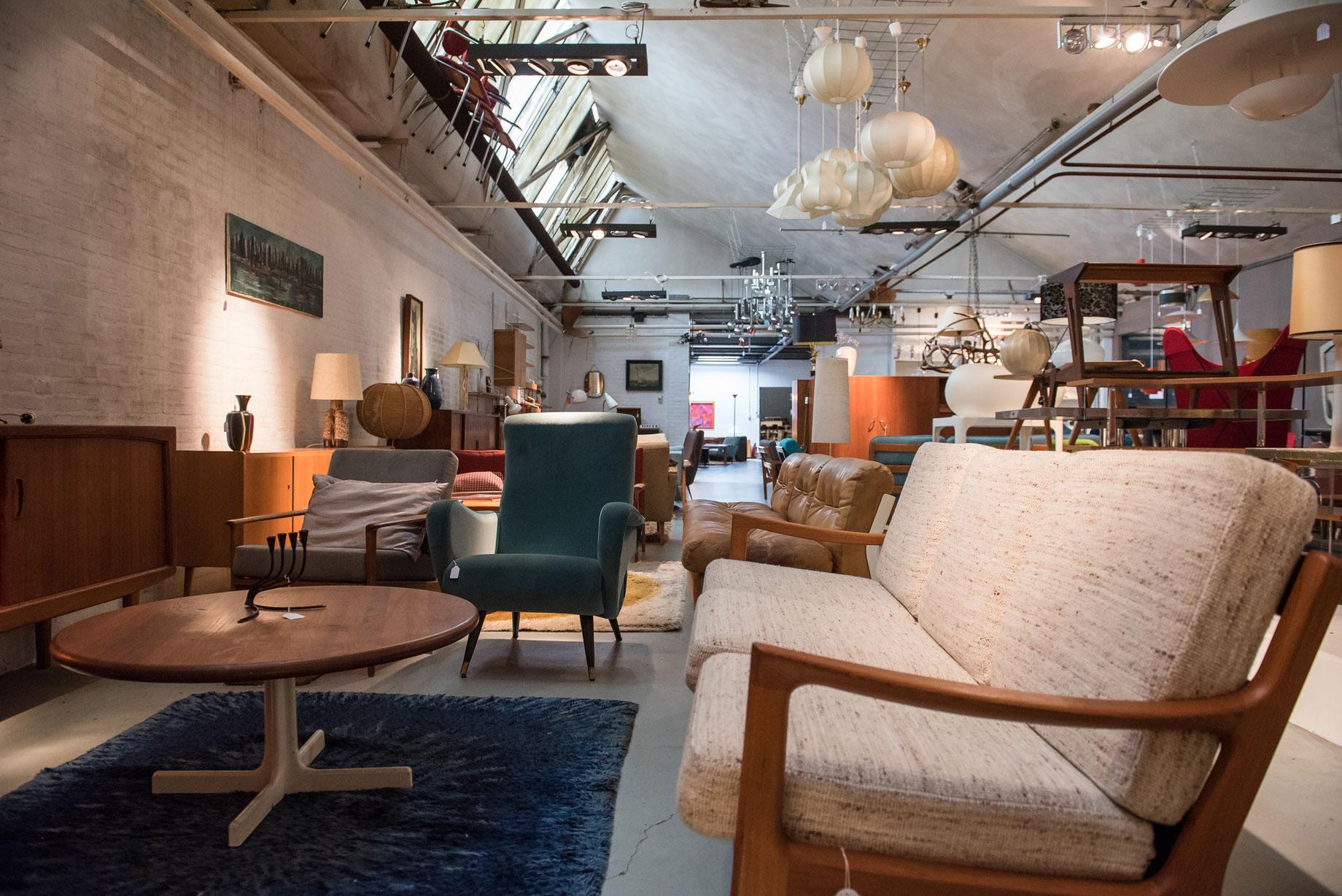 Design Meubel Groothandel : Decennia design vintage store tilburg 013 straatjes